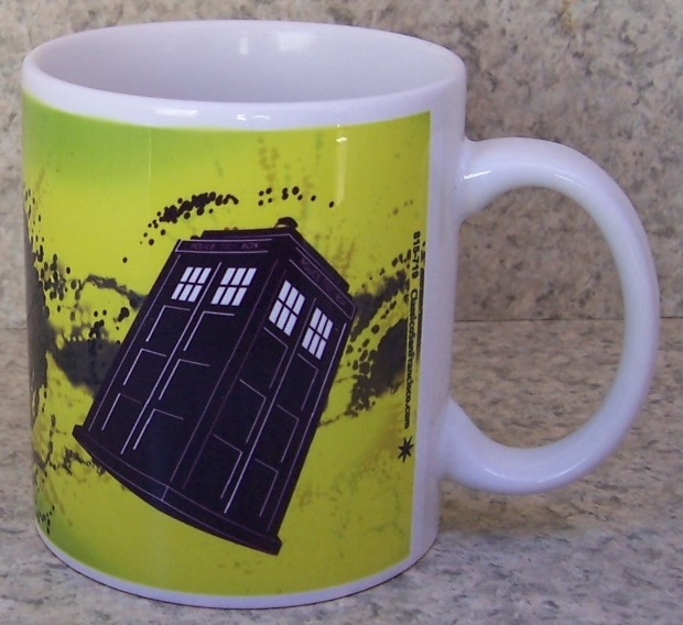 Doctor Who Tardis entertainment coffee mug thumbnail